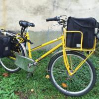 Porteur de journaux à vélo